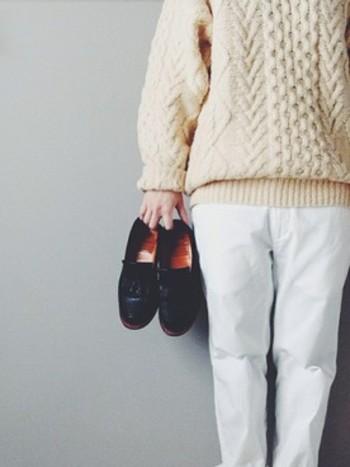 冬本番。あみあみ模様であたたかい「アランニット」を素敵に着こなそう