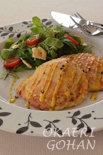 白菜を上手にアレンジして使うレシピ。1cm角状に細かく刻んだ白菜とベーコンのコロコロ食感を楽しむ洋風お好み焼き♪