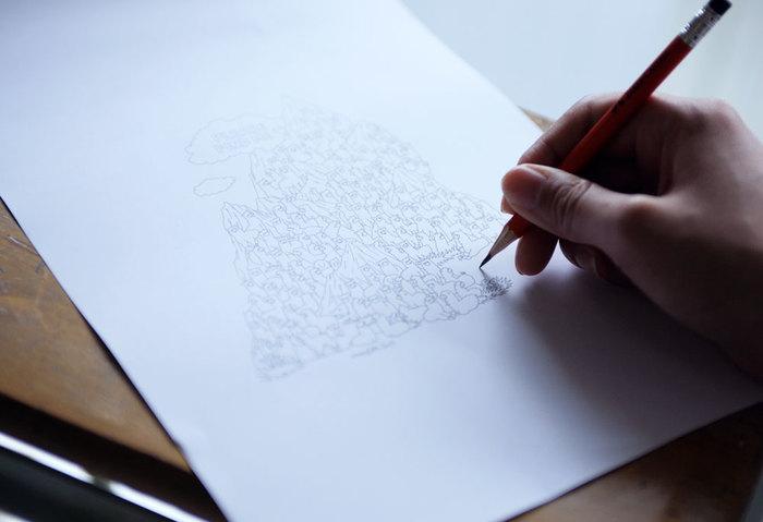 """2001年、手描きイラストのTシャツからスタートした【marble SUD(マーブルシュッド)】。ブランド創設当時から変わらず抱き続けている信念は、""""人の手の温かみ、手描きの面白さを生かしたモノ作り""""です。"""