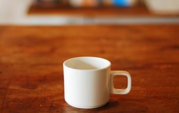 ツヤ感のある【クリア】は、陶器では表現出来ない波佐見焼独特の風合い。