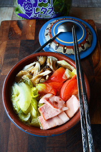 その名の通りB.L.Tサンドの具材をそのままスープにしたレシピ。10分で出来て、シャキシャキのレタスの食感が癖になります。冬にサラダの代わりに食べたいスープです。
