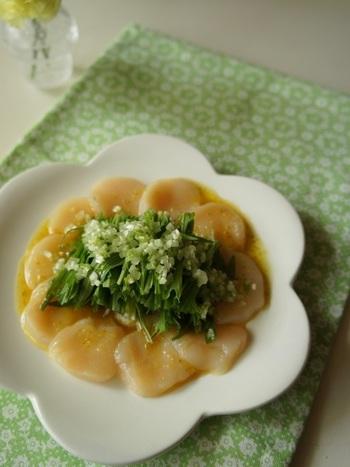 冬の海産物としても知られてるホタテ。柚子こしょうと水菜を合わせて幸せです。ホタテはボイルしてみても美味しいですよ!