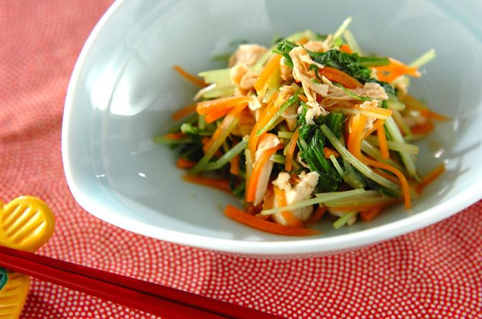 にんじんや鶏肉は体を温める食べ物なので、冬にも合います。和食をつくるとき、あと一品足りないというときにどうぞ。