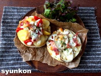 もちもちのマフィンにサクサクとしたレンコンの食感が楽しいオープンサンド。チーズやマヨネーズ、ベーコンともぴったり合います。