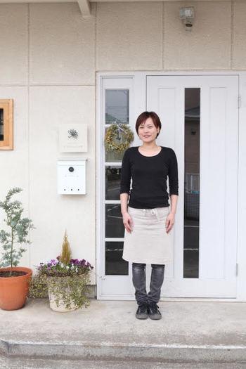 平岩さんは現在、東京・青梅市にあるガラス工房「Rainbow Leaf(レインボーリーフ)」で、ガラスショップとガラス作りを学ぶ体験教室を開催されています。ガラスショップでは、平岩さんの作品を直に手にすることができますよ。  撮影/高見知香