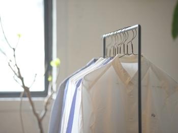 """""""日常着""""こそ上質なアイテムを。「HUIS(ハウス)」のベーシックなお洋服"""