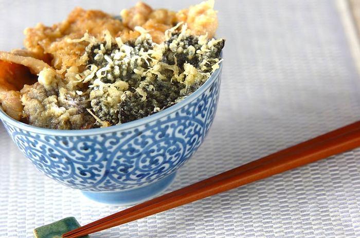 豚肉の天ぷらって中々ないですよね?カラっとあげた一品♪揚げ方のポイントは170℃の揚げ油に入れてサクッと揚げ、油きりをする。