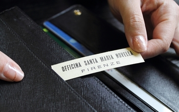 財布に入れるというのも人気の使い方。財布に入れておくと開けたときにふわっといい香りが漂います。