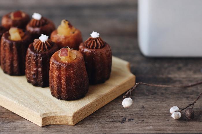 フランスの伝統的洋菓子「カヌレ・ド・ボルドー」をベースに、日本の味を融合させたオリジナルの新しいカヌレを提案し続けています。