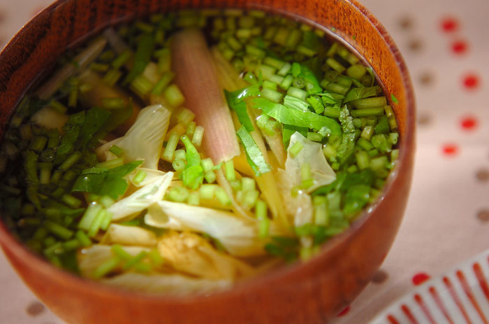 ミョウガの独特な味を好む日本人は多いかと思います。汁全体にミョウガの味が行き渡るので食事中のお口直しにもいいでしょうね。