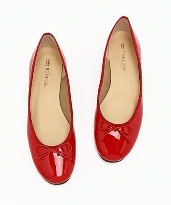 いつかは欲しい'赤い靴'。特にエナメルは発色がキレイです。