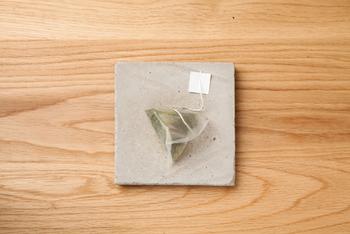 緑茶、番茶だけではなく、紅茶も販売されているんですよ。こちらは「薩摩紅茶ティーバッグ」。ティーバッグでも本格的な味が楽しめます。