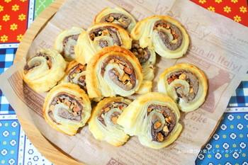 ■あんナッツパイ チョコだけでなく、あんこを代用した和風バレンタインもgood! 見た目の渦巻きも愛らしく、ラッピングして渡せば喜ばれそう。