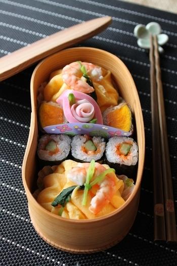上品で華やかな茶巾寿司を普段のお弁当にしても美味しそう~♪  開けたときになんだかうれしくなっちゃいますね!