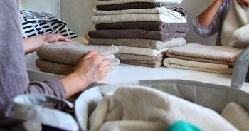 使って・洗ってを毎日のように繰りすものだから。「長く使えるように」と、ベースを密にしてコシのあるタオルに仕上げてあります。