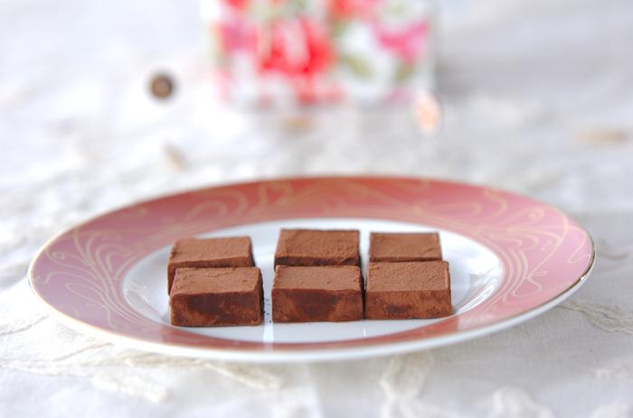 ほんのりアールグレイの紅茶が香る本格的な生チョコ。口の中でとろけます…♪
