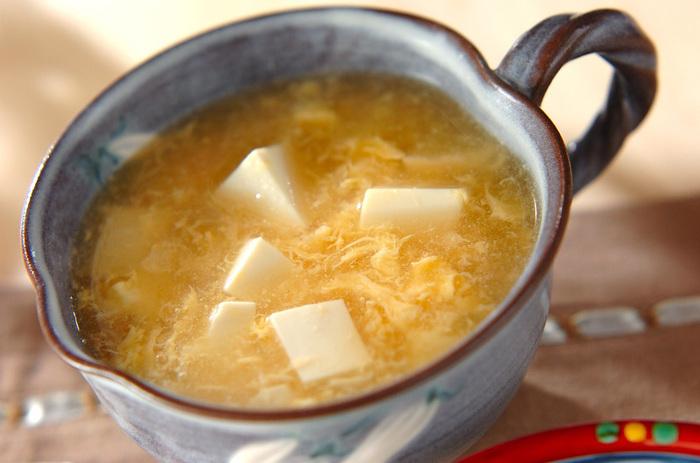ふわっと柔らかく優しいスープです。豆腐とたまごはお腹に嬉しい組み合わせですよね。ゆっくりと味わいたい一品です。