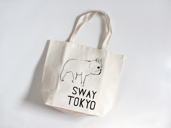 """""""SWAY TOKYO""""(L)。  持ち手も長く、容量たっぷりのLサイズ。 生地も丈夫ですので、お買いものバッグやママバッグにもぴったりです。"""