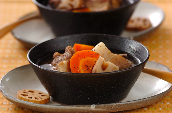 ジンジャーが効いた、からだが芯から温まるスープです。風邪のひき始めにもぴったり。