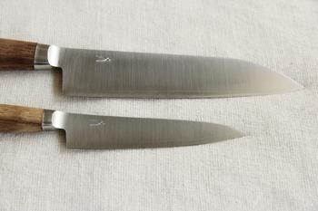 三層構造になった刃の部分は切れ味が抜群。