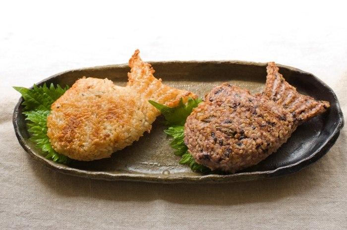 こちらはマーガレットハウエルのコミュニティマート第二弾。スタイリスト作原文子さんの企画している『mountain morning(マウンテンモーニング)』とのコラボレーションワークショップ!作原さんのご実家である、魚屋さんの金目鯛の炊き込みご飯の素を使って作った鯛の焼きおむすび。
