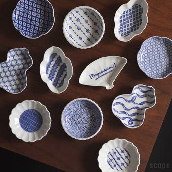 こちらは先の花茶碗でご紹介したBob Foundationが手がけた豆皿。 リボンやサーカス、Congratulations!のメッセージなど、よりバラエティに富んだラインナップ。