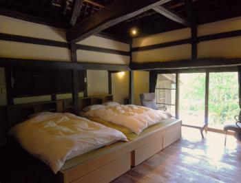 一番贅沢な作りで、大きな主屋と隠居屋、それぞれにお風呂が付いているんですよ。