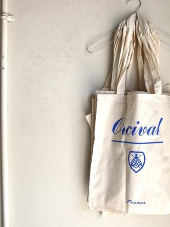 ボーダーの代名詞「ORCIVAL」。カットーソだけでなく、ワンピースやデニム、トートバッグなど、他にもいろいろと魅力的なアイテムが揃っています。これからは、カットソー以外も注目してみてくださいね♪