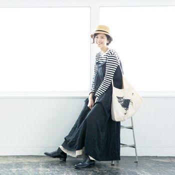 菊池亜希子さん×リンネルby nest Robeのコラボワンピース。ゆったりしたシルエットで動きやすそう♩まさに旅にぴったりな可愛いコーディネートですね。