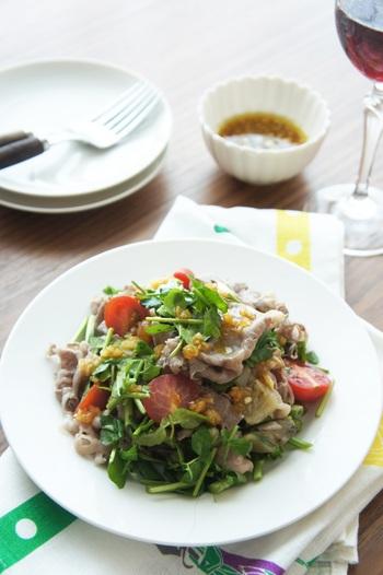 牛肉と野菜をふんだんに使ったサラダです。食欲のわかない時も、クレソンで栄養補給できますね。