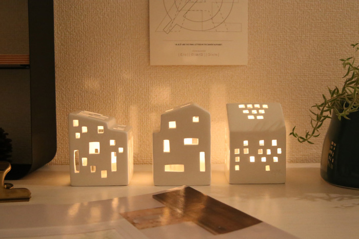 テーブルや玄関に優しい灯りを。「ケーラー」のキャンドルホルダーはいかが?