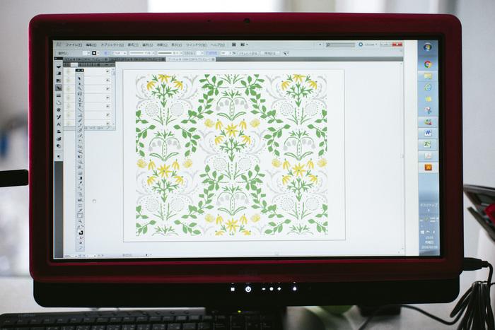 原画を描き終えたら、レイアウトはパソコンで行います