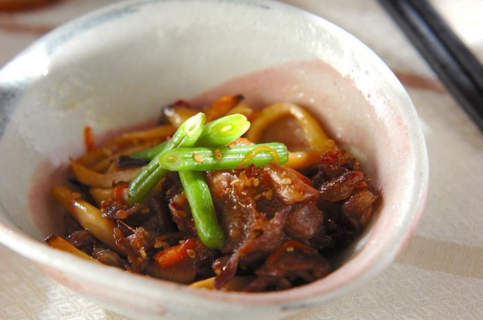 甘辛いタレが牛肉との相性抜群。思わずご飯が進むレシピに、家族も喜ぶこと間違い無し!