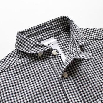 「マイヨ」のファンの間で知られているエピソードに、「製品タグのステッチに込められた想い」というものがあります。それは、ブランドの服作りに対する実直な姿勢がうかがえる、とても素敵なエピソードなんです。
