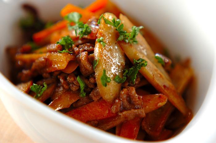 ケチャップとバルサミコ酢を使って作る洋風のきんぴらです。和風の定番きんぴらとはひと味違った美味しさです。