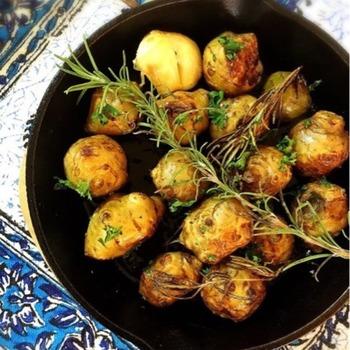 ジャガイモの代わりに菊芋をチョイス。ローズマリーのハーブ感が合います。美味しくって、身体に良いなんて最高!