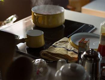 濾して、拭いて、目隠しにも。台所の強い味方「キッチンファブリック4選」