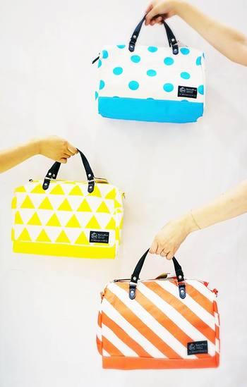 『ミニダッフルバッグ』  ころんとした形がかわいい、ミニサイズのダッフルバッグです。3柄×4色の12パターンあるから、自分好みのアイテムを選べますね。