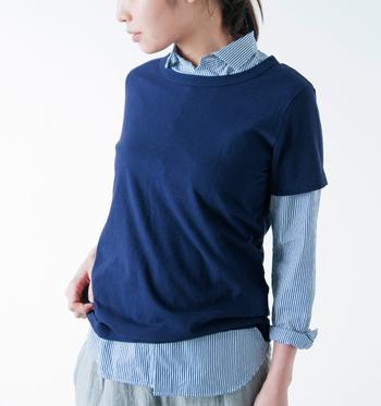アームホールは細めなので、重ね着をしたい人は大きめサイズがおすすめ!Tシャツの出番が多くなるこれからの季節、手放せなくなること間違いなしのアイテムです。