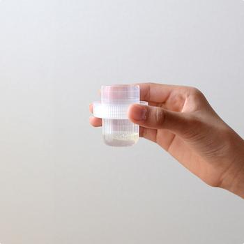 さらに環境のことも考えて作られている、安心で高品質なアイテム。ティースプーン1杯ほどの量で洗濯が出来ちゃうんです!柔軟効果もあるので、柔軟剤を使わずにすむのも嬉しいポイント。