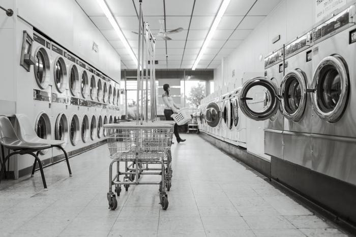 """毎日の洗濯にも耐える丈夫な作り。洗濯するほどに・・・着続けていくほどに、より身体に馴染んでいきます。もしクタクタになってしまっても「また同じものを買おうかな」と思わせてくれる、""""あると安心する""""アイテムが揃います。"""