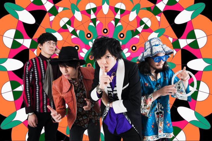 最初にご紹介するのは「オワリカラ」。2008年の結成から、COUNTDOWN JAPANを始め全国のフェス出演や10日間にわたるカナダツアー、あがた森魚らを招いた自主企画など、幅広いライブ活動を中心に音楽ファンの熱い支持を得てきたロックバンドです。