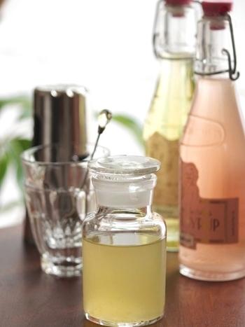 こちらは、もっとシンプルに。レモンとグラニュー糖だけで。レモネードにするときにアレンジが効くのも嬉しい。