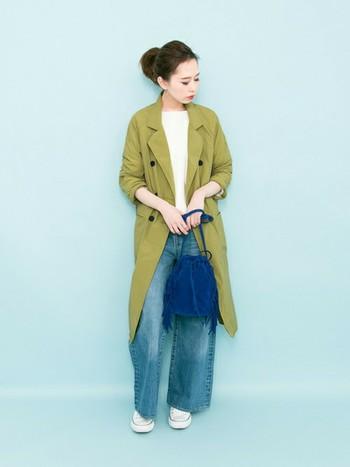 春らしいグリーンのスプリングコートがポイント!デニムはどんな色にも合うので使いやすいですね。