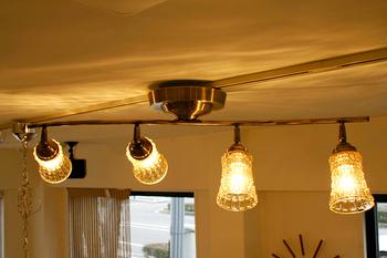 アンティーク調が美しいシーリングライト。柔らかな光がお部屋を暖かく包み込みます。