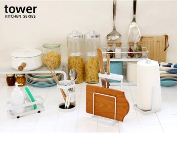 生活感が出てしまいがちなキッチンやバス・トイレ周りの収納、悩みますよね。スタイリッシュでなおかつ実用的な収納用品があればいいと思いませんか?シンプルですっきりとした収納シリーズ「TOWER(タワー)」をご紹介します。