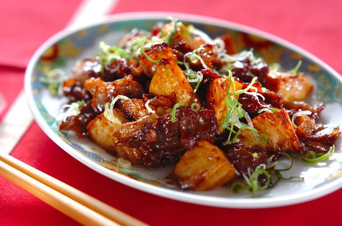 和風、洋風、そして中華にもたけのこはぴったり。豚バラとたけのこだけのシンプルなオイスターソース炒めは夕食のおかずや翌朝のお弁当にも◎。