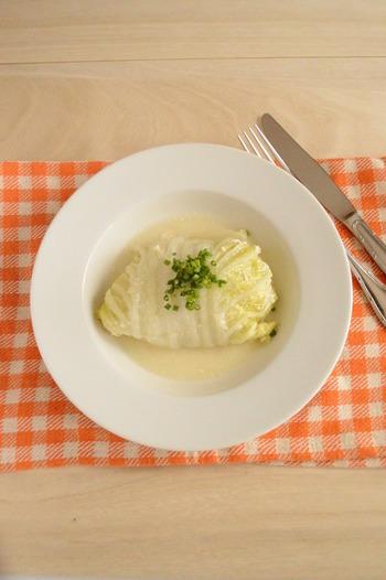 土鍋の保温力を活かしたロール白菜のレシピ。豆乳は、煮すぎると分離してしまうので、沸騰する前に火をとめて後は余熱で調理しましょう。