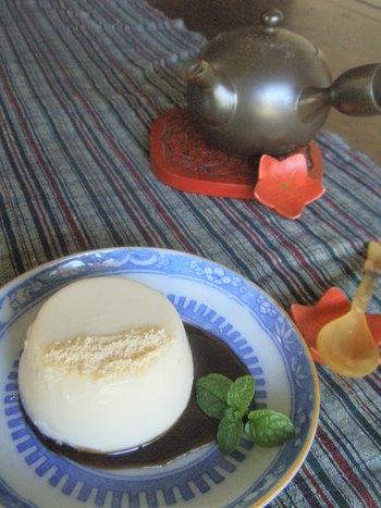 黒みつや、きなこがよく合う豆乳ゼリー。つるんっと、柔らかな食感で食後のデザートにもぴったりです。