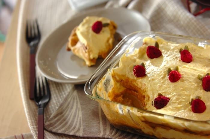 見た目が豪華でも作り方は以外と簡単にできます。カボチャの甘さが優しいティラミスです。
